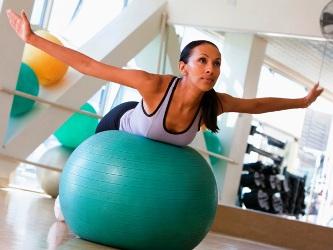 женщина аденомиоз занимается спортом