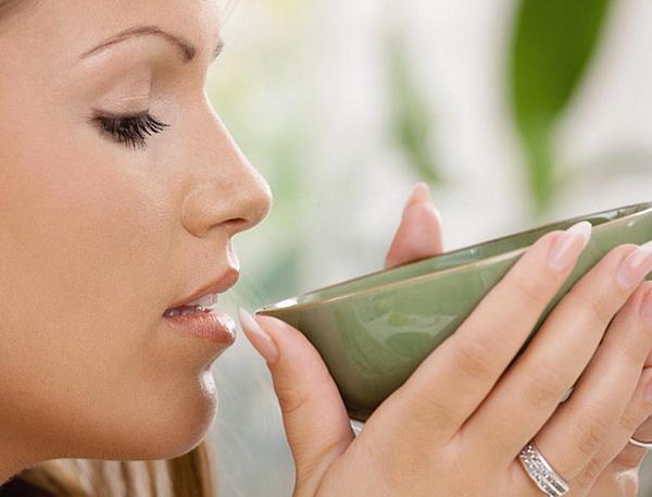 лечение миомы матки чистотелом