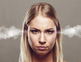 симптомы пмс у женщин