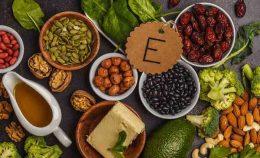 как принимать витамин е при задержке месячных